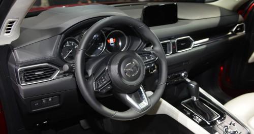 Mazda CX-5 thế hệ mới ra mắt Singapore, giá 'chát' 2,7 tỷ đồng - 5
