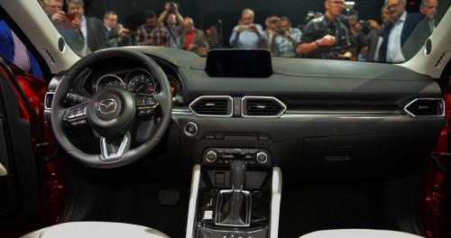Mazda CX-5 thế hệ mới ra mắt Singapore, giá 'chát' 2,7 tỷ đồng - 6