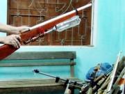 Hai thanh niên bắn thủng bụng công an bằng súng tự chế