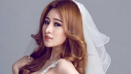 """""""Khám"""" nhanh túi hiệu của Ivy - vợ cũ Hồ Quang Hiếu"""