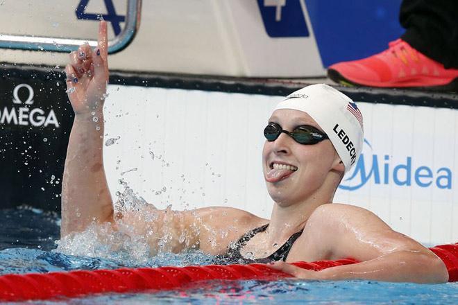 """Đoạt 12 HCV thế giới, """"Ma tốc độ"""" khiến M.Phelps run rẩy"""
