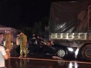 Hai sĩ quan công an tử nạn trên xe Camry