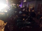 """Nóng 24h qua: Hai công an tử vong trong chiếc Camry bị  """" vò nát """""""