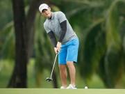 Chủ tịch Công Vinh  thua méo mỏ  khi đánh golf