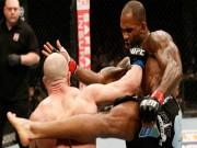"""Thể thao - UFC: 40 giây, """"loạn xạ quyền"""" và kết thúc ngã ngửa"""