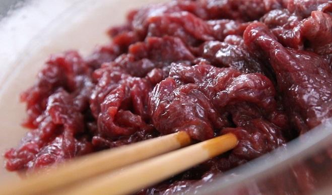Cách xào thịt bò mềm, ngọt, giữ được giá trị dinh dưỡng cao - 2