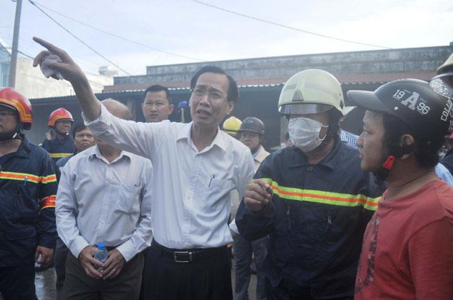 Hiện trường vụ cháy kinh hoàng ở SG, lửa đỏ rực bao trùm khu dân cư - 8