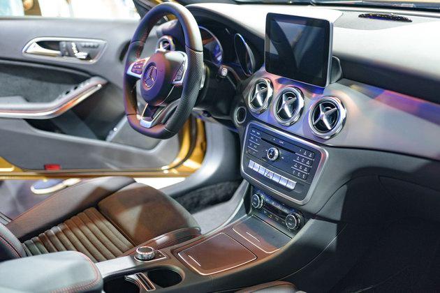 Mercedes GLA 2018 ở Việt Nam có giá từ 1,619 tỷ đồng - 3