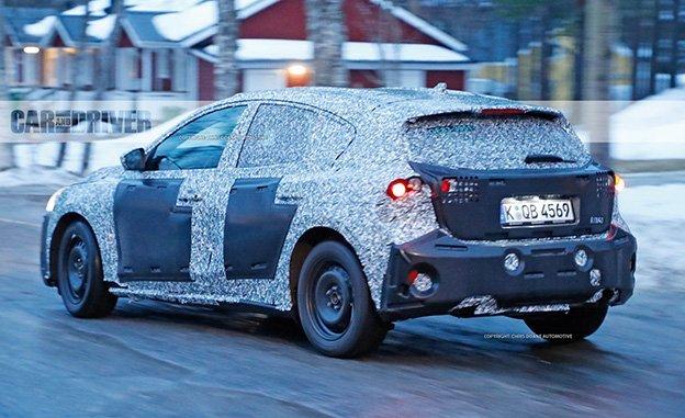Ford Focus thế hệ mới sẽ lớn hơn trước - 1