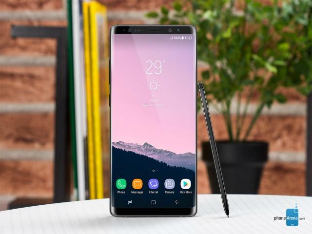 Galaxy Note 8 chưa ra mắt đã đọ kích cỡ với smartphone cỡ lớn