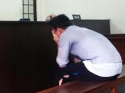 An ninh Xã hội - Gây án mạng vì bị đuổi chém vô cớ, thanh niên khóc tức tưởi