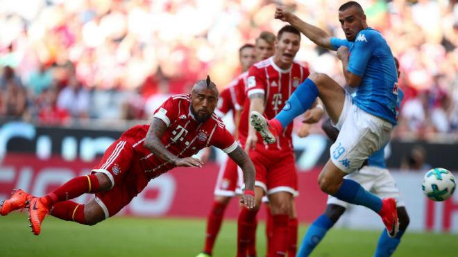 Bayern Munich - Napoli: Siêu sao tàng hình, rơi không thấy đáy - 1