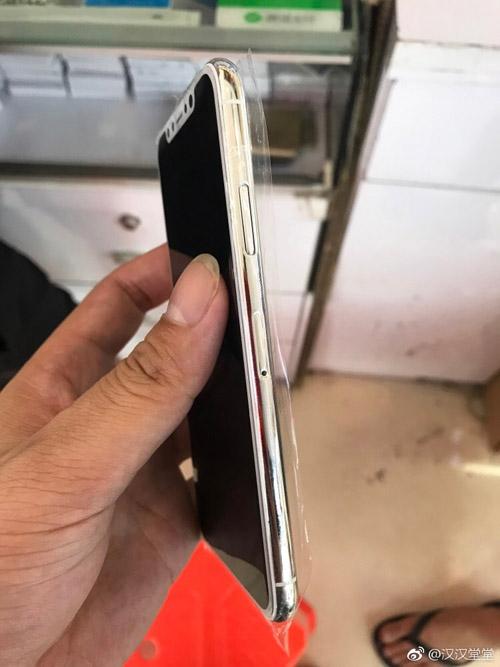NÓNG: iPhone 8 vừa về Việt Nam, giá gần 230 triệu đồng - 4