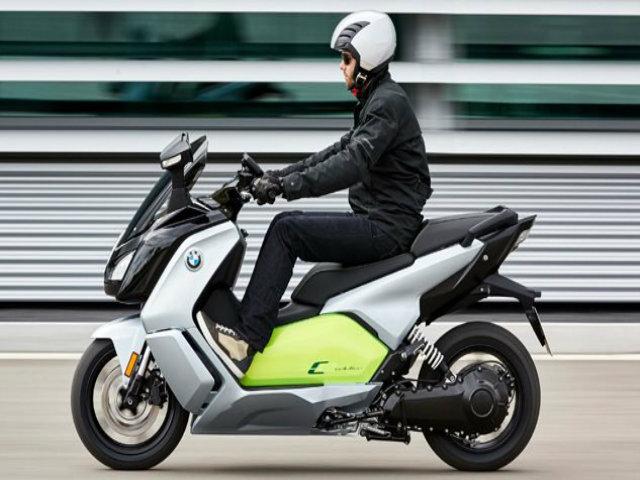 Túi khí xe ga Honda nâng độ an toàn đột phá cho lái xe - 3