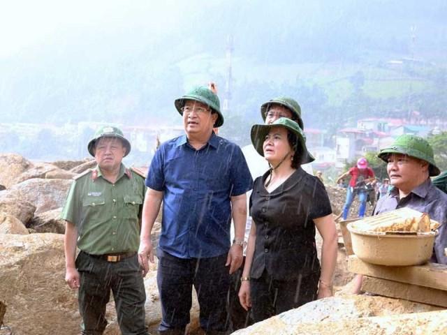 Xuyên đêm phá đá tìm kiếm 12 người mất tích ở Yên Bái - 10