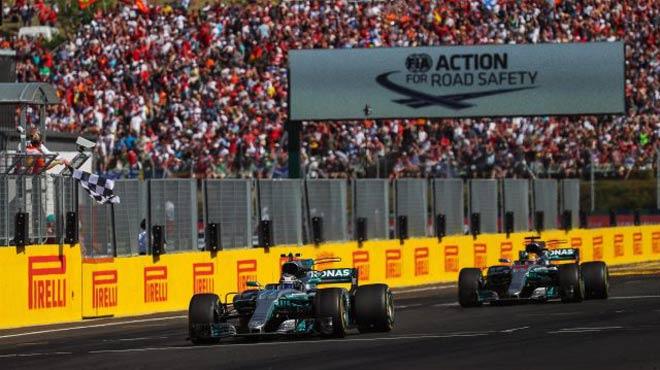 """Đua xe F1: Màn fair-play """"điên rồ"""" và chiếc ghế dựa - 2"""