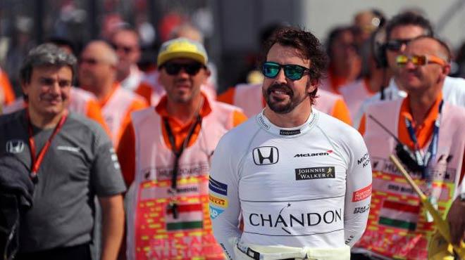 """Đua xe F1: Màn fair-play """"điên rồ"""" và chiếc ghế dựa - 3"""