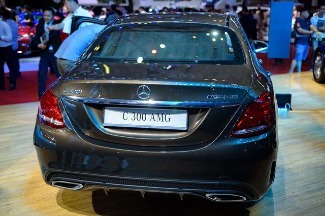 Mercedes C-Class tại Việt Nam được cải tiến với hộp số 9 cấp - 3