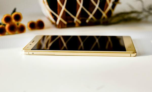 """""""Đếm từng ngày, từng giờ"""" để mua smartphone giá chưa đến 2 triệu đồng - 5"""