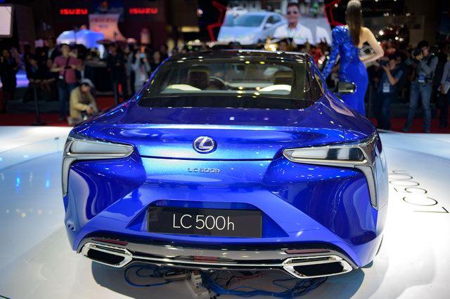 Lexus LC 500h 2018 khoe diện mạo quyến rũ ở Việt Nam - 3