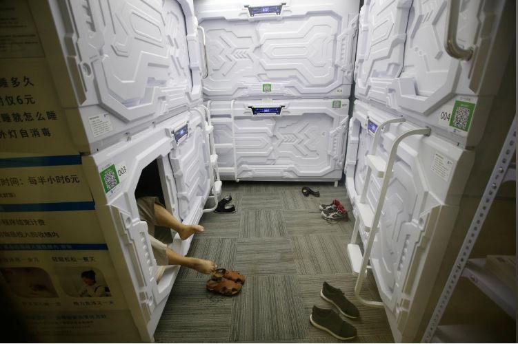 """Có gì trong """"khách sạn tổ kén"""" cho dân văn phòng ngủ trưa ở Trung Quốc? - 9"""