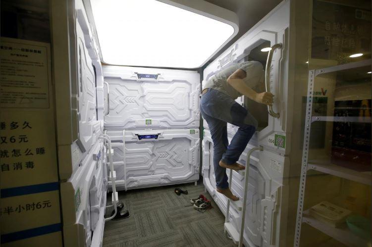 """Có gì trong """"khách sạn tổ kén"""" cho dân văn phòng ngủ trưa ở Trung Quốc? - 5"""