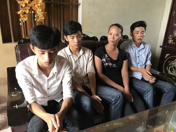Vượt khó, anh em sinh ba cùng thi đỗ vào trường quân đội - 1