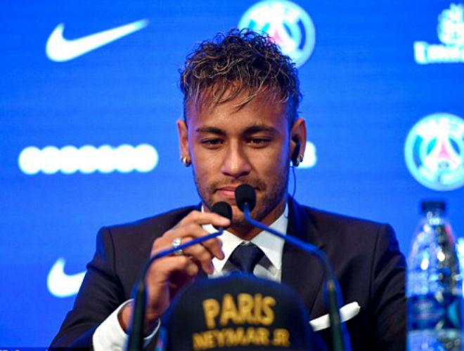 Neymar ra mắt PSG: Tri ân Barca, phủ nhận chia tay vì Messi - 4