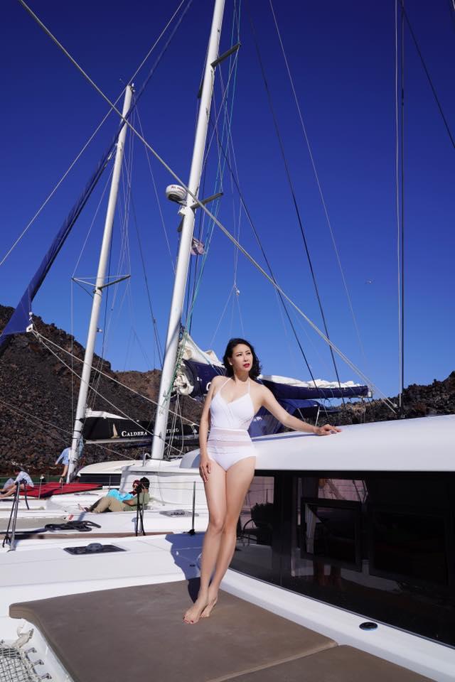 Hoa hậu Hà Kiều Anh 41 tuổi vẫn quá bốc lửa với áo tắm - 3
