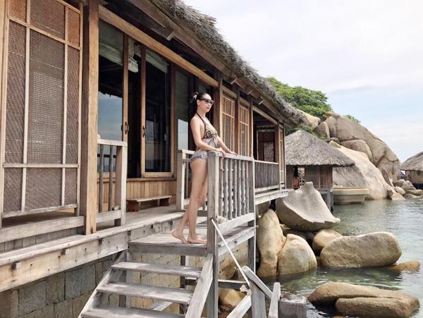 Hoa hậu Hà Kiều Anh 41 tuổi vẫn quá bốc lửa với áo tắm - 5
