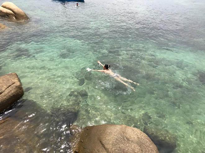 Hoa hậu Hà Kiều Anh 41 tuổi vẫn quá bốc lửa với áo tắm - 8
