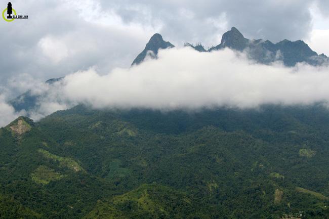 Lạc lối trong thung lũng lúa chín tráng lệ nhất Lào Cai - 4