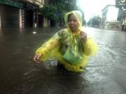 Bão số 2 đi qua, Bắc Bộ vẫn chưa thoát cảnh mưa ngập đường