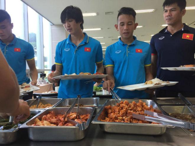 U23 Việt Nam được tẩm bổ, chờ đấu Mokpo City - 1