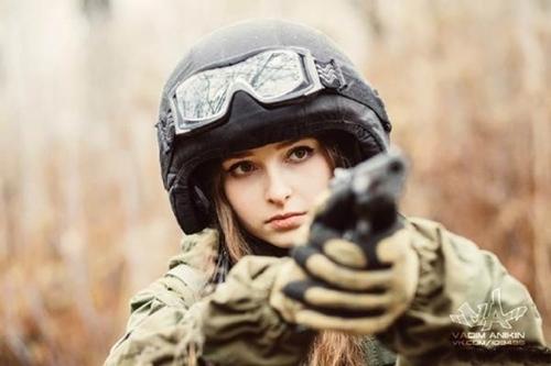"""6 nữ quân nhân quá đẹp khiến anh em muốn """"lao ngay ra chiến trường""""! - 6"""