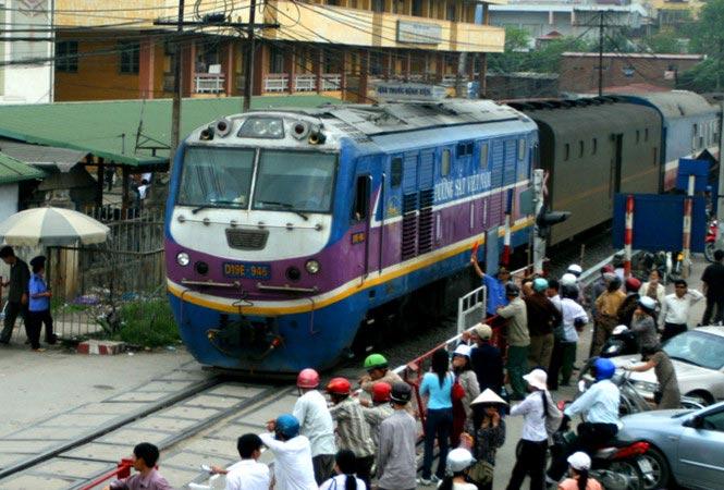 Đường sắt Việt Nam: Loay hoay đổi mới - 2