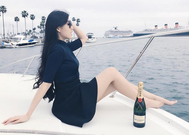 """Tiểu thư hot nhất """"Hội con nhà giàu Việt Nam"""" từng sồ sề khó ngờ - 10"""