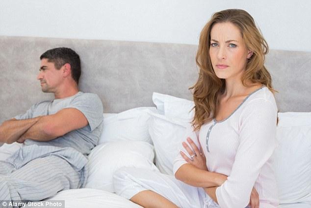 Cái kết của ông chồng Anh cưỡng bức vợ lúc ngủ, quay phim - 3