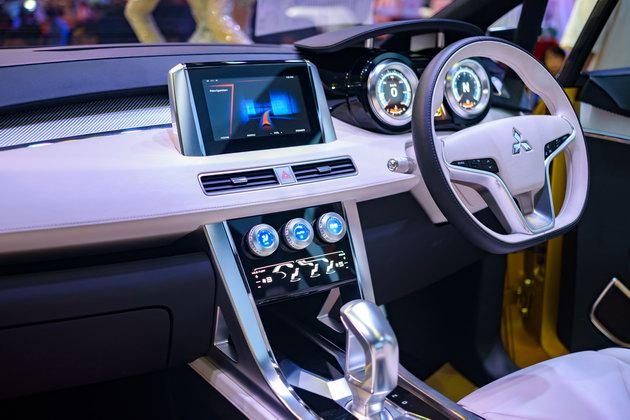 Mitsubishi XM Concept: Sự lãng mạn hiếm có tại VMS 2017 - 7