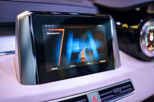Mitsubishi XM Concept: Sự lãng mạn hiếm có tại VMS 2017 - 12