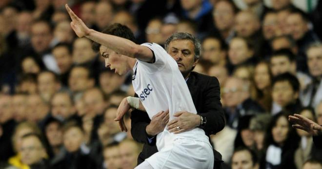 Chuyển nhượng MU 5/8: Mourinho xui Bale sớm bỏ Real - 1