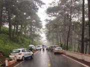 Đà Lạt: 4 ô tô tông nhau gần  nhà ma  trên đèo Prenn, nhiều người nhập viện