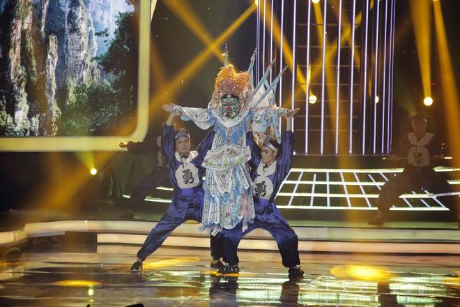 Hóa thân Hoài Linh, Jun Phạm giành giải 700 triệu đồng - 8