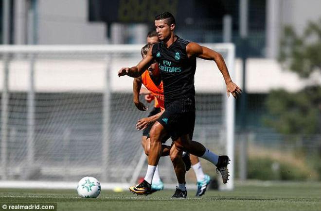 Ronaldo tái xuất Real, chờ gieo sầu cho MU ở Siêu cúp - 6