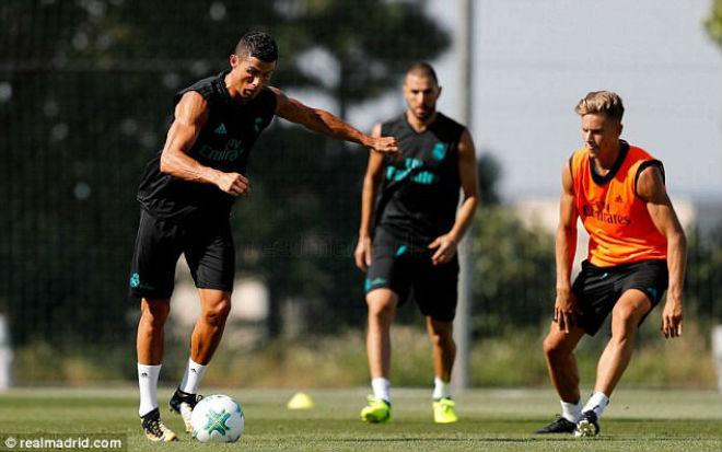 Ronaldo tái xuất Real, chờ gieo sầu cho MU ở Siêu cúp - 2