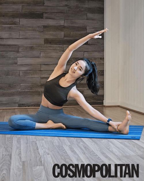 Nữ giáo viên yoga hút hồn vì thân hình hoàn hảo - 8