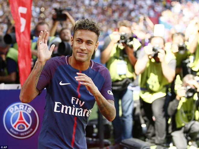 """Có Neymar, fan PSG khiến sao Barca """"giận sôi máu"""" - 1"""