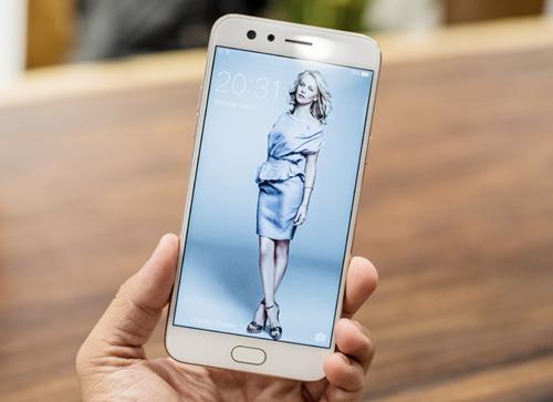 """Bộ tứ smartphone cho người thích """"sống ảo"""", giá tầm trung - 2"""