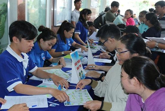 Nhiều trường ở TP.HCM xét tuyển nguyện vọng bổ sung - 1