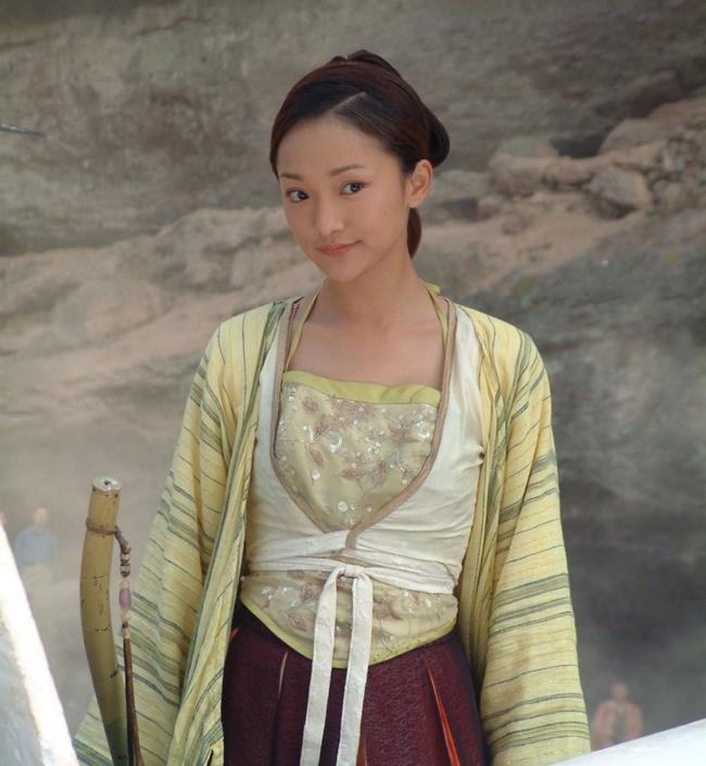 Châu Tấn được cho là mỹ nhân thể hiện rất thành công một Hoàng Dung thông minh, lanh lợi nhưng rất đanh đá và thích làm theo ý bản thân.